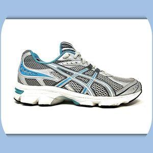 ASICS Gel Turbulent Running Shoes